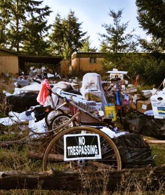 Garbage_strewn_front_lawn