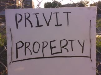 Privit_property